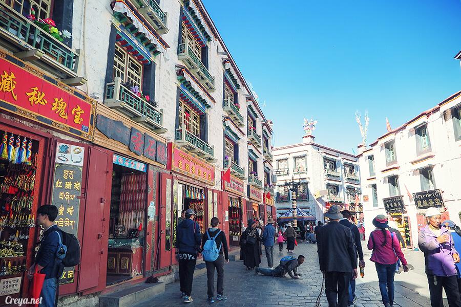 2015.12.09 ▐ Tibet 西藏踢北去 ▐ 尋找藏人真正的拉薩中心,被信仰力量震撼的大昭寺與舊城區 22.jpg