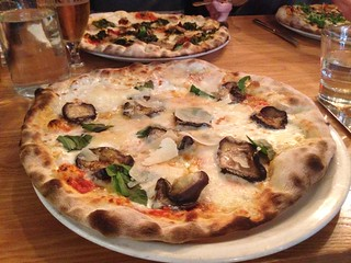 Pizza at La Favorita, Edinburgh