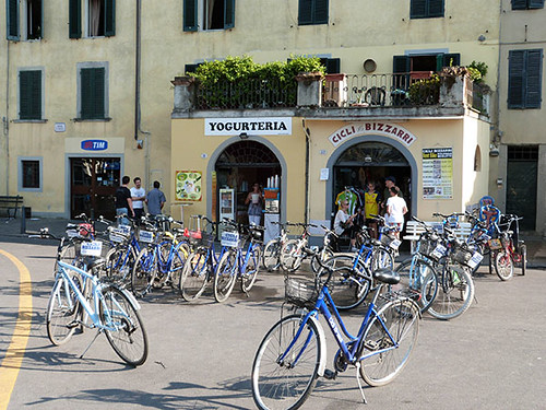 vélos à Lucca