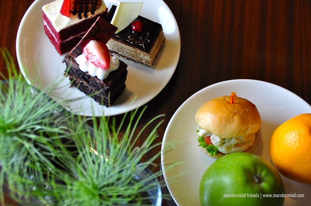 Afternoon Snacks at Executive Lounge at Manila Marriott Hotel
