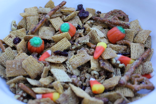 Pumpkin Spice Trail Mix with Chex