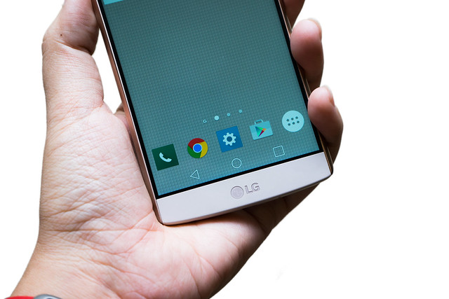 雙鏡頭雙螢幕!LG 大屏新旗艦 V10 快速動手玩 @3C 達人廖阿輝