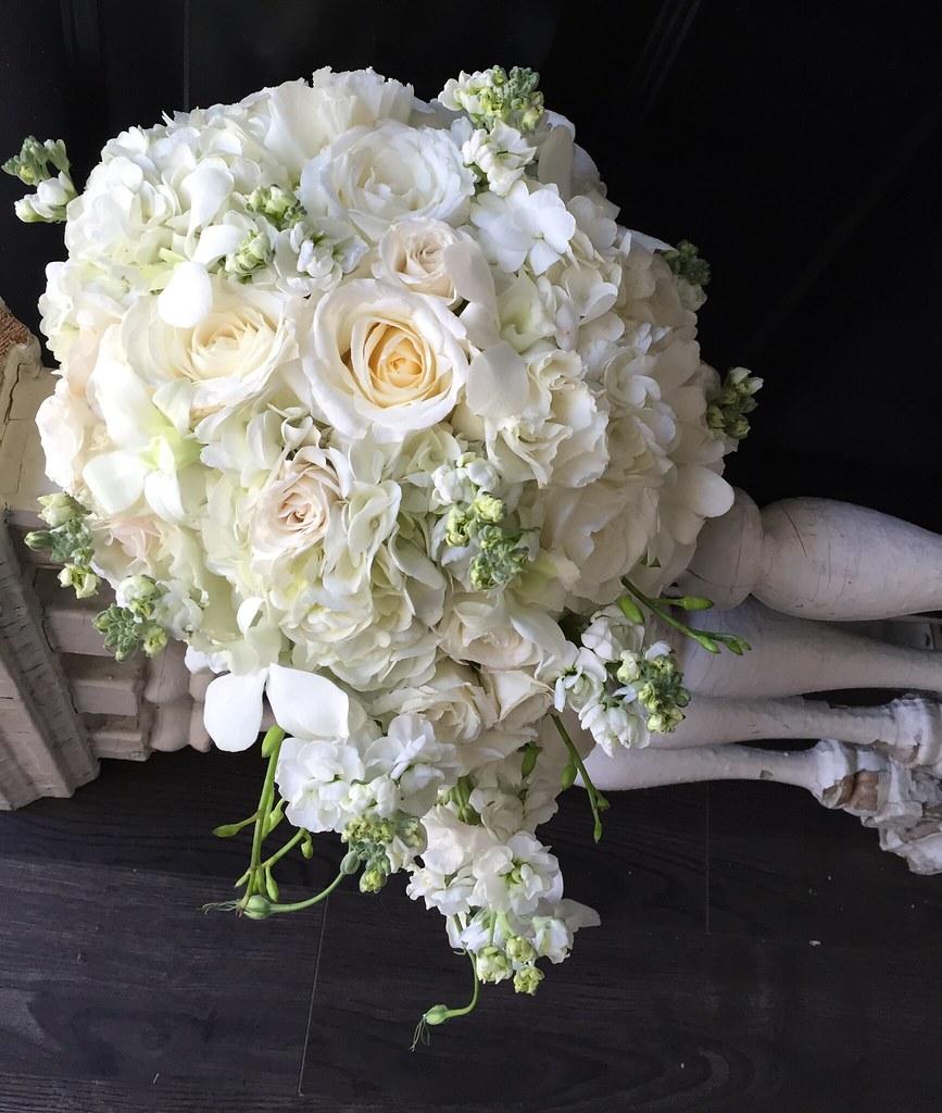 White Eagle Golf Club Aimstudios Naperville Wedding Florist White