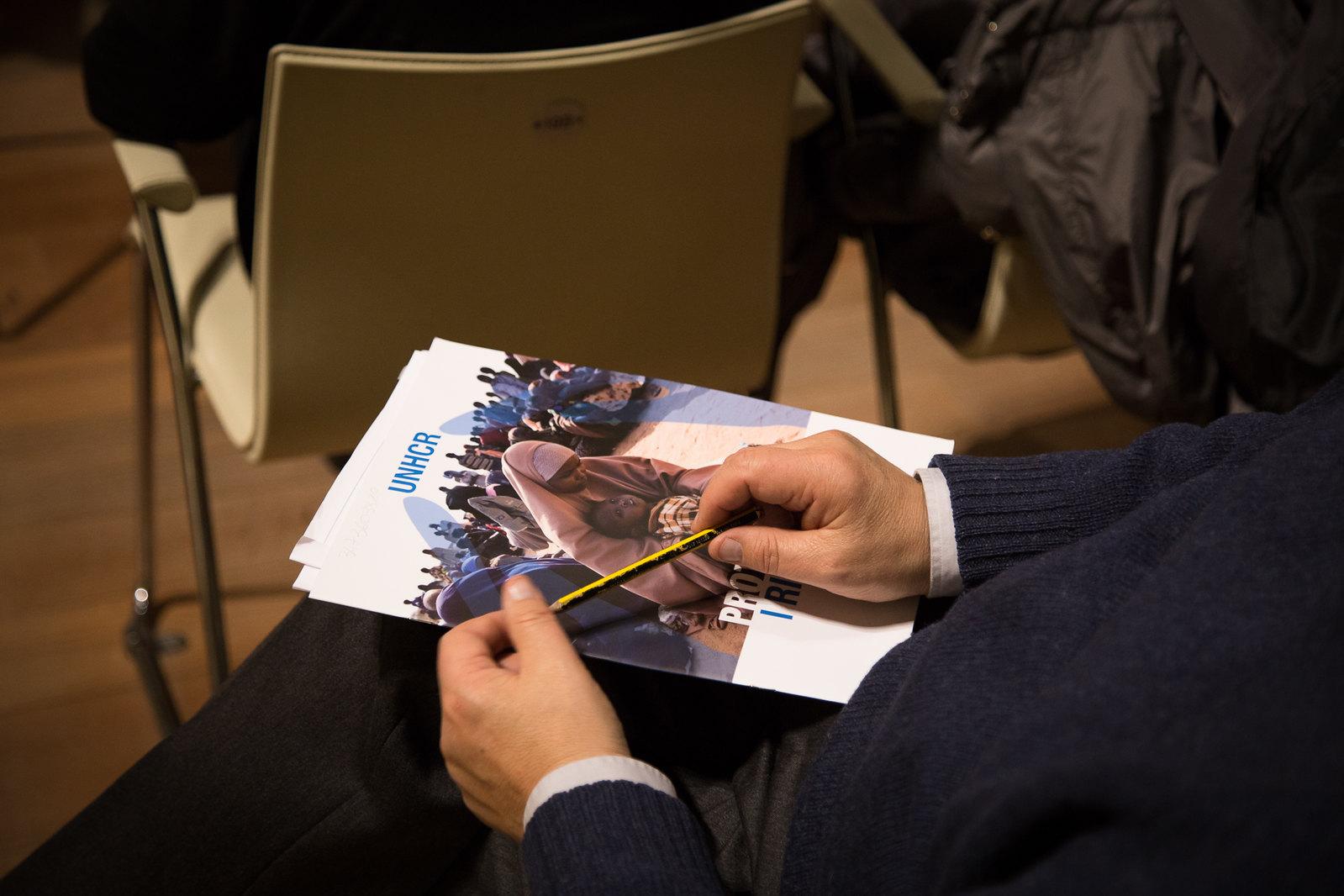 """""""Una storia dietro ogni numero"""" - Campagna per i rifugiati. Incontro 25/11 all'Auditorium di Sant'Apollonia di Firenze"""