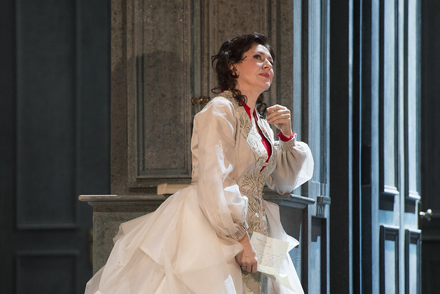 Krassimira Stoyanova as Tatyana in Eugene Onegin, The Royal Opera © ROH/Bill Cooper, 2013