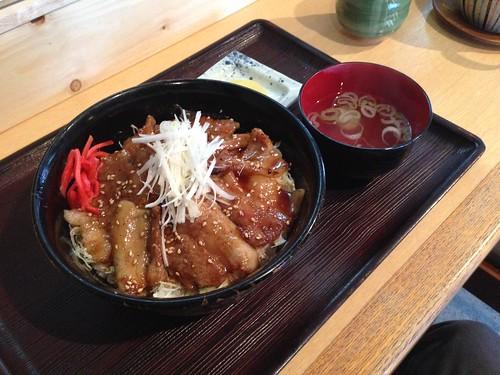 hokkaido-toma-takahashi-buta-don02