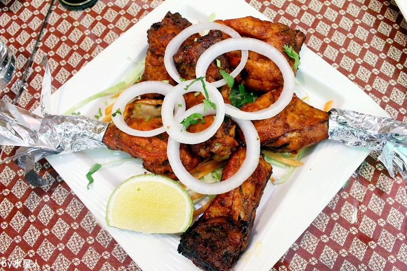 30259095223 8d6f643273 b - 熱血採訪 | 台中西區【斯里瑪哈印度餐廳】印度人開的全印度料理,正宗道地美味,推薦必點印度烤餅、印式棒棒腿