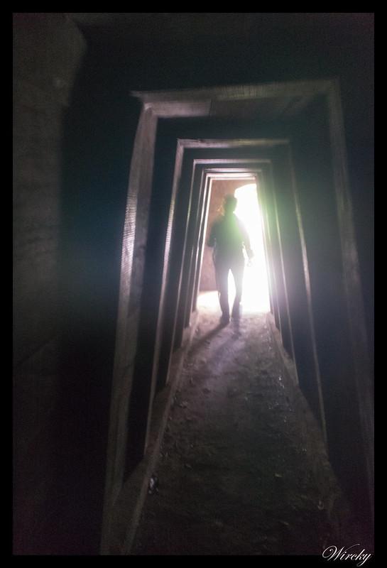 Saliendo por puerta 4 de túneles Vinh Moc -