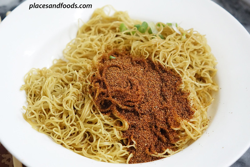 macau top 12 food prawn roe noodle