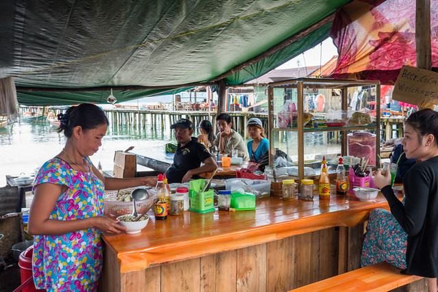 Koh Rong Island in Cambodia cheap pork noodle soup stand Budget Guide to Cambodia | Tips on how to do Cambodia on the cheap | How to travel Cambodia cheaply | Cambodia on a budget | 2 weeks in Cambodia