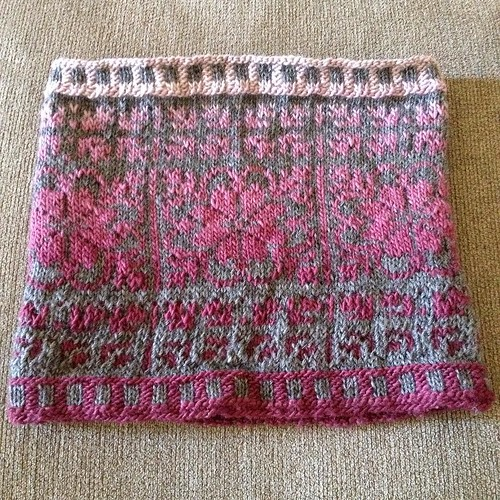 Finished but unblocked. #perrenialscowl Wonderful pattern, clear, great chart! I opted to use the long stripe, gradient yarn for the main color. Very pleased. Well done @ericah64