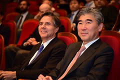 Deputy Secretary of State Antony 'Tony' Blinken and Ambassador Sung Kim, Special Representative for North Korea Policy, listen as Asan Institute President Dr. Hahm Chaibong introduces the Deputy Secretary to deliver remarks on the U.S.-South Korea Alliance in advance of South Korean President Park Geun-hye's visit to Washington, in Seoul, South Korea, on October 7, 2015. [State Department photo/ Public Domain]