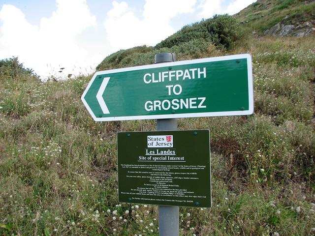 Coast path to Grosnez