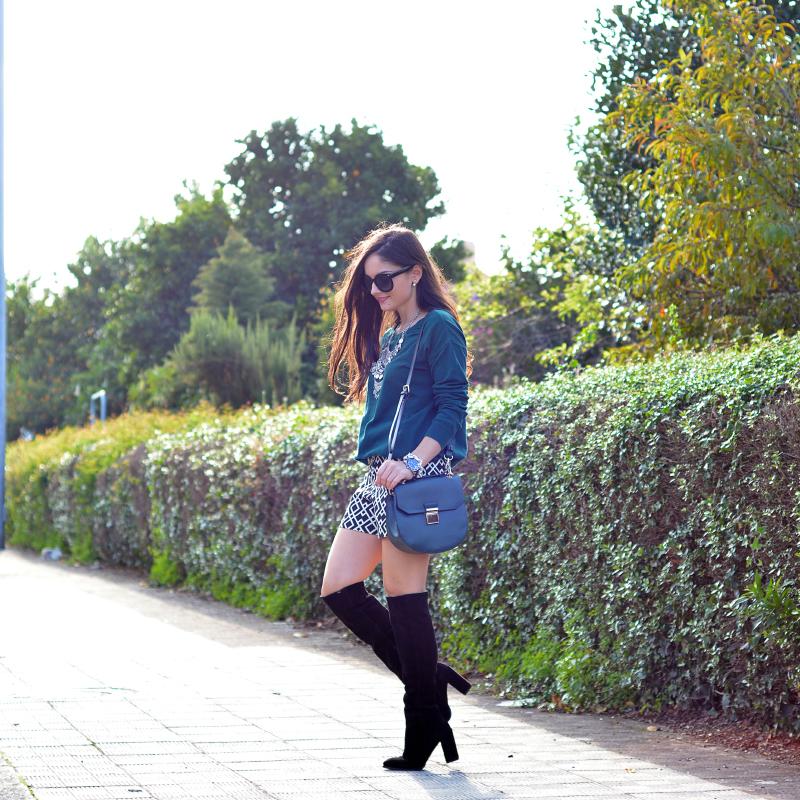 zara_ootd_shorts_green_high_boots_como_combinar_botas_02