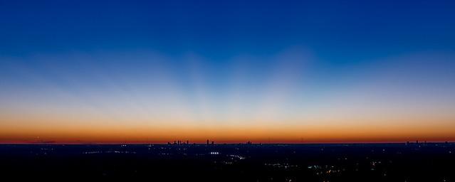 Crespuscular rays of Atlanta