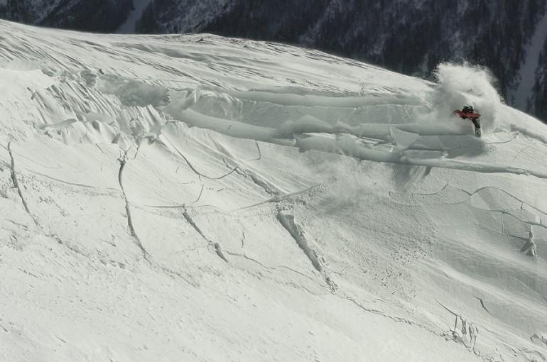 Laviny a sníh