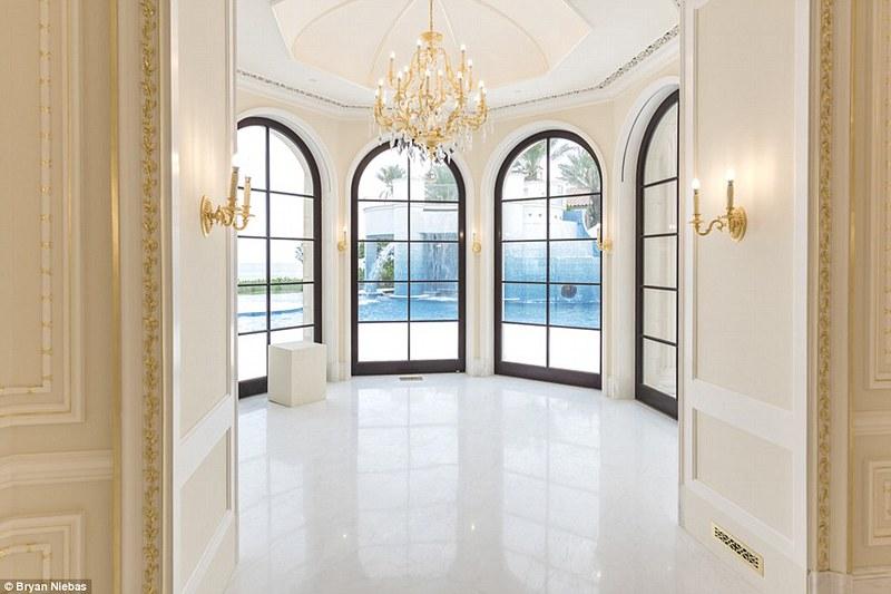 Элитный дизайн интерьера Le Palais Royal