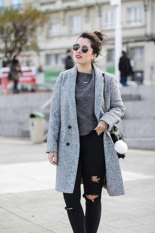 look con abrigo gris largo myblueberrynightsblog