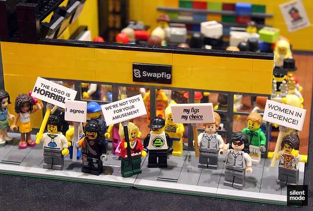 Swapfig protest at BRICK 2015