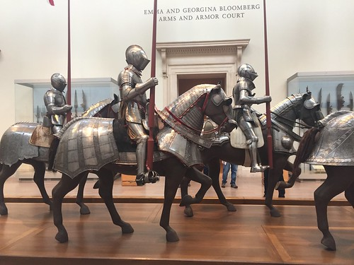 THE MET ARMOUR