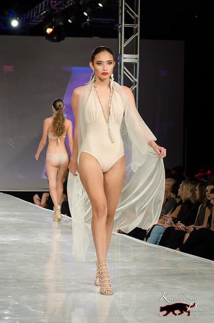 Mid-Runway Motion, Full Body - Community Night, Phoenix Fashion Week 10-13-16