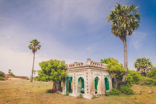 travel india fort madras chennai tamilnadu ecr pondicherry happyfeet bayofbengal alamparaifort in eastcoastroad alamparafort kadappakkam edaikazhinadu