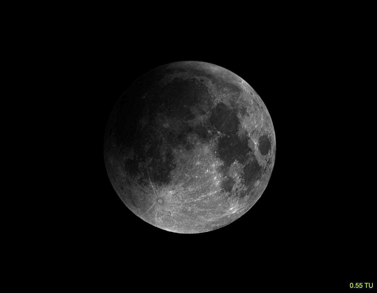 luna 28 9 2015  0 55 TU
