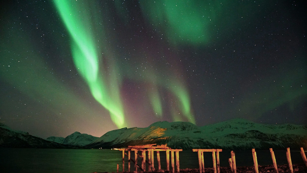 Green Overture to a Northern Lights Opera