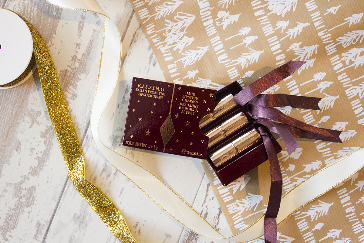 charlotte-tilbury-christmas-mini-lipstick-charms