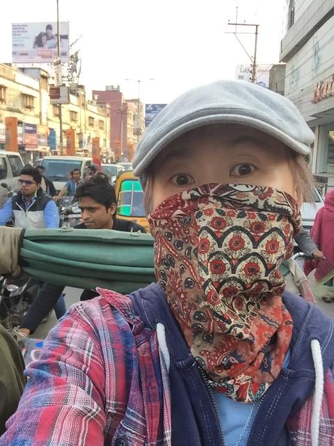 iphone photo extra : 空気悪すぎ. Varanasi (India). 25 Dec 2015