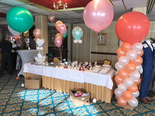 Ballonpilaar Breed Rond Carlton Oasis Hotel Spijkenisse
