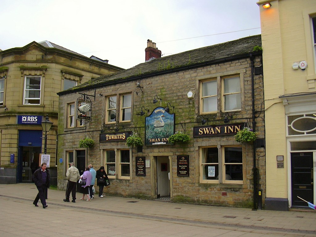 Thwaites The Swan Inn (Pub) St James Street Burnley, image credit Robert Wade