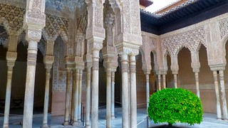 Image de Alhambra. trafalgarinsider andalusia españa granada laalhambra laalhambraygeneralife palaciodegeneralife qalatalhamra spain spanishwonders trafalgar unescoworldheritagesite winter photolemur