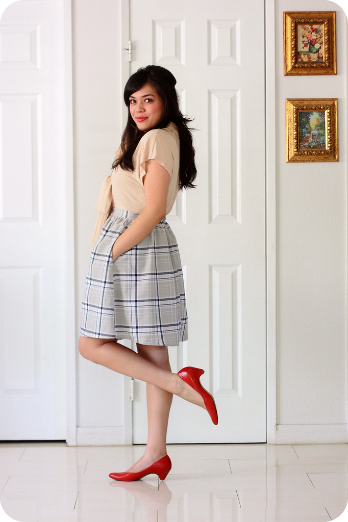 Sweets and Hearts fashion and style: outfit featuring ASOS nude bow blouse, Fleet Collection gray plaid skirt, vintage croc satchel, vintage red pumps, Kate Spade bow ring