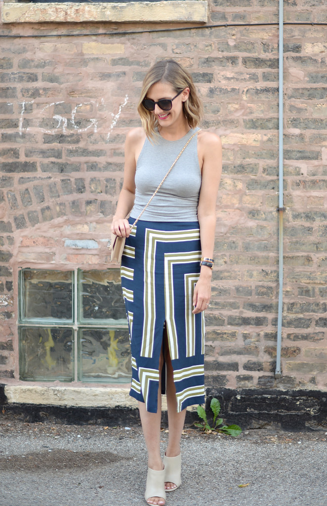 midi striped skirt outfit