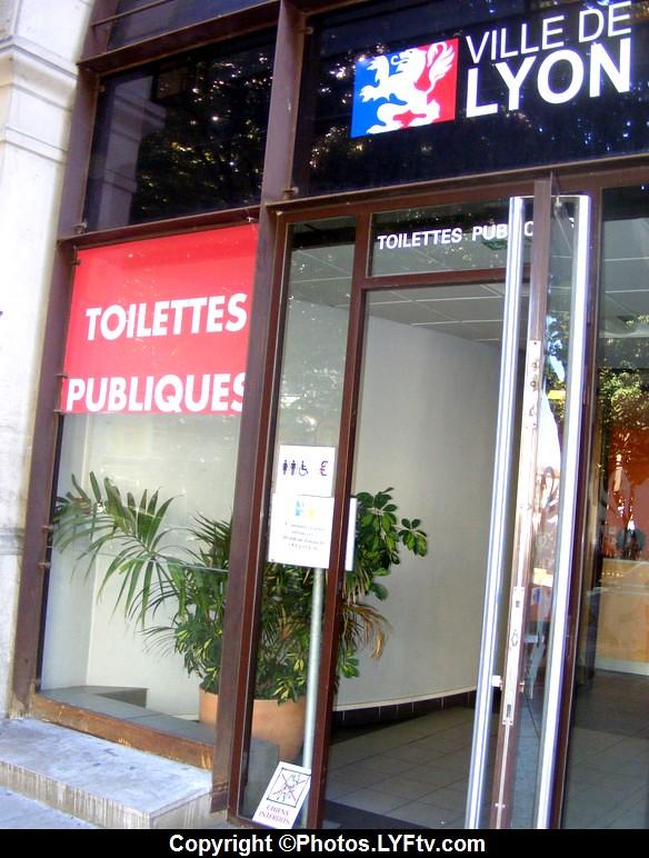 Vieux Lyon Toilettes publiques et gratuites