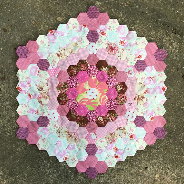 My mega #hexagon of #hexies continues ever so slowly... #epp #englishpaperpiecing