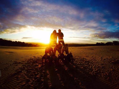 Sonnenuntergang an den Dünen von Rainbow Beach