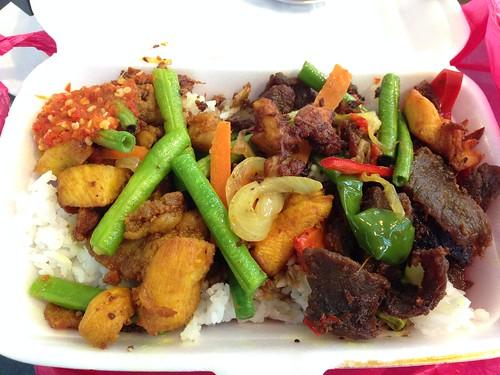 Nasi Ayam Goreng Kunyit Food Truck