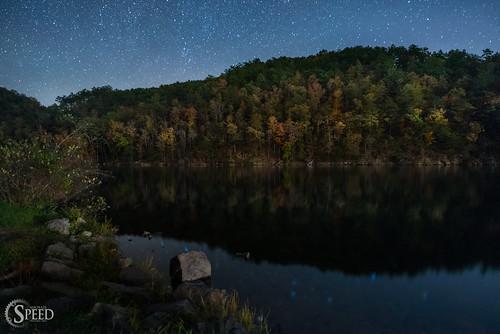 red hungrymotherstatepark virginiastateparks hungrymotherlake nikon20mm18 nightskyphotography nikond750 fallcolorinvirginia