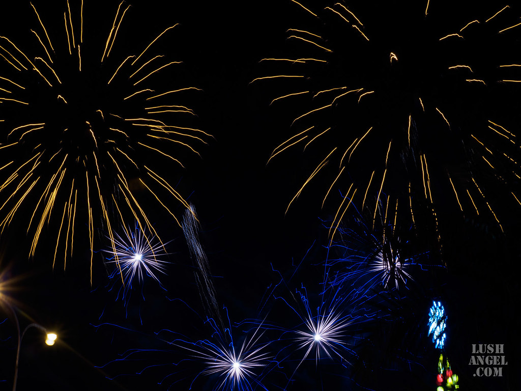 fireworks-sm-moa