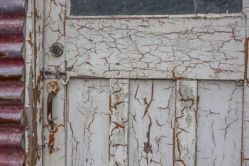 Door cracked paint