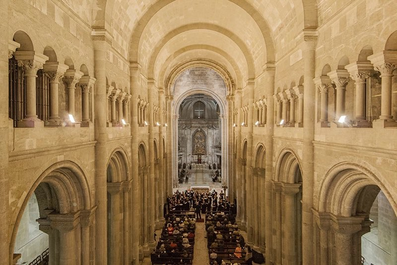 Berea College Choir performs in the Se in Lisbon