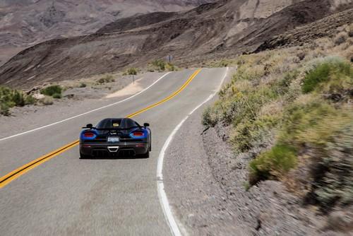 Koenigsegg-gumball-lewis-hamilton (4)