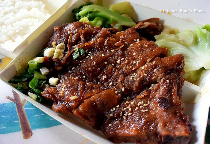 20767133211 13c3a105d7 b - 台中香港京華燒臘美食便當.低調隱藏店家.尚未有美食電視採訪過.味道不輸給廣味