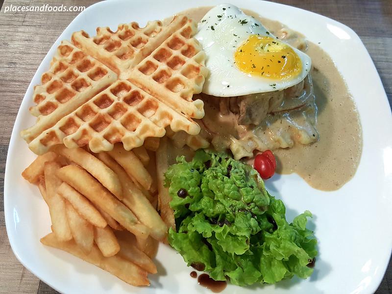bites cafe lake fields sg besi grilled chicken waffle sandwich