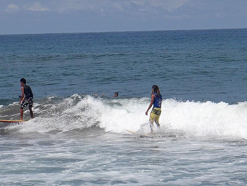 San Fernando Surfing Tutorial. Urbiztondo Beach La Union.