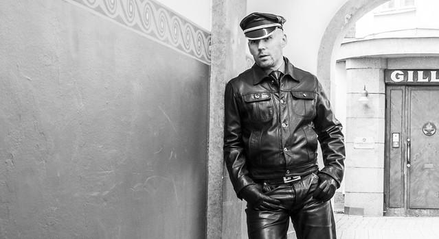 Nahkahomo - Leather Gay - Leder Schwuler - Läder Bög
