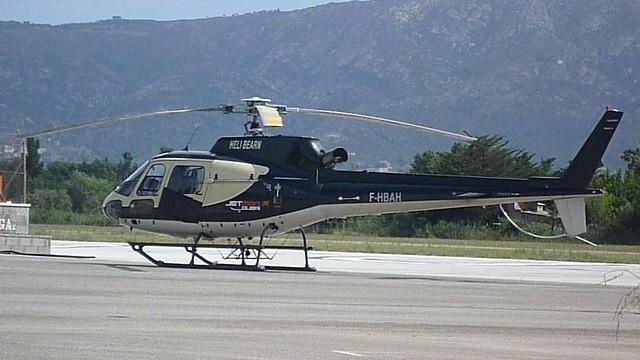 Eurocopter Ecureuil en el aerodromo de Empuriabrava