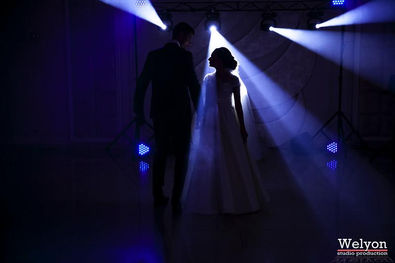 Show de lumini şi Efecte speciale. Deservirea muzicală a ceremoniilor!
